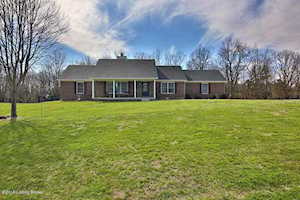 166 Ariana Dr Fisherville, KY 40023
