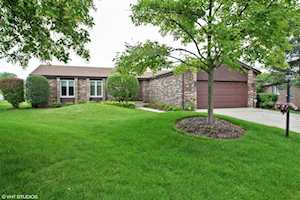 213 arrowwood Drive Northbrook, IL 60062