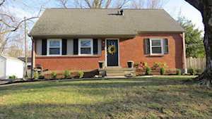12206 Saint Clair Dr Louisville, KY 40243