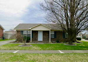 138 Wooded Way Louisville, KY 40229