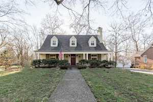 1402 Elm Rd Anchorage, KY 40223