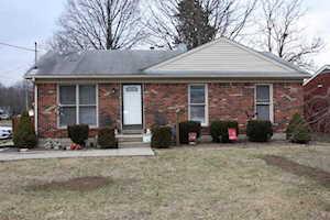 414 W Blue Lick Rd Shepherdsville, KY 40165
