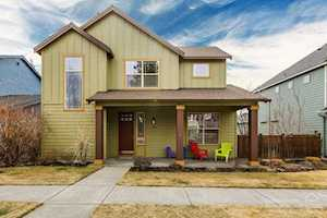 2483 NW Hosmer Lake Drive Bend, OR 97703