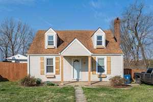 95 Highland Manor Shelbyville, KY 40065