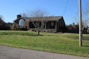 113 Floyds Fork Dr Shepherdsville, KY 40165