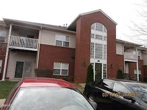 9402 Magnolia Ridge Dr Louisville, KY 40291