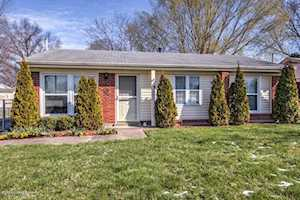 10005 Merioneth Dr Jeffersontown, KY 40299