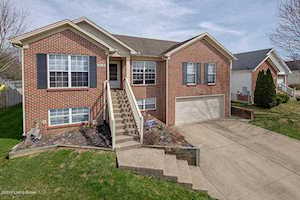 218 Woodfield Cir Shelbyville, KY 40065