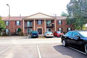 430 Logsdon Ct Louisville, KY 40243