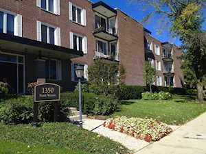 1350 N Western Ave #106 Lake Forest, IL 60045
