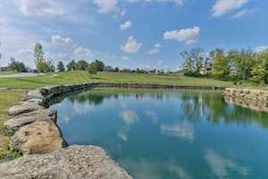233 Shakes Creek Dr Fisherville, KY 40023