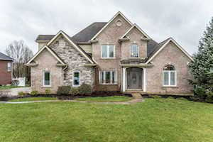 1627 Creekview Florence, KY 41042