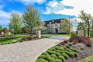 225 Knox Court Barrington, IL 60010