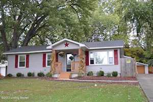 6809 Triangle Dr Louisville, KY 40214