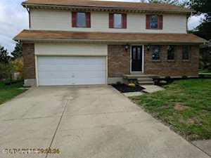 9025 Green Garden Ct Jeffersontown, KY 40220