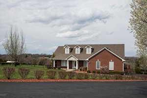 5700 Bradbe Forest Ln Louisville, KY 40023
