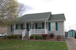 633 River Oaks Dr Shepherdsville, KY 40165