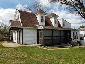 219 Maple St Irvington, KY 40146