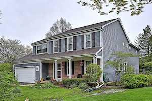 1105 Albion Lane Mundelein, IL 60060