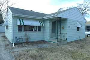 116 FAIRLAWN Avenue Mundelein, IL 60060