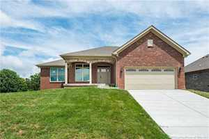 4425 Chickasawhaw Drive Sellersburg, IN 47172