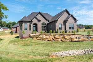1302 Cedar Chase Drive Lanesville, IN 47136