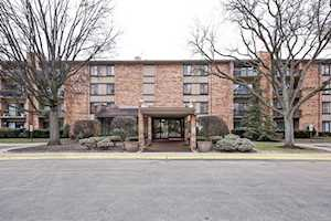 301 Lake Hinsdale Drive Willowbrook, IL 60527