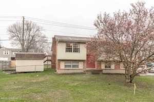 9007 Ash Ave Pewee Valley, KY 40056