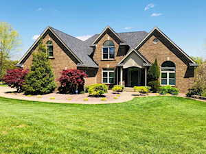 170 Oak View Ct Mt Washington, KY 40047