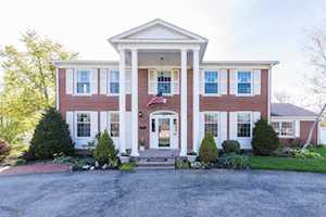 203 Asbury Drive Wilmore, KY 40390