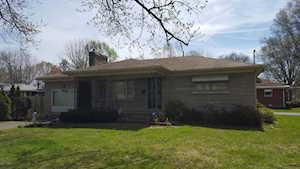 3223 Stegner Ave Louisville, KY 40216