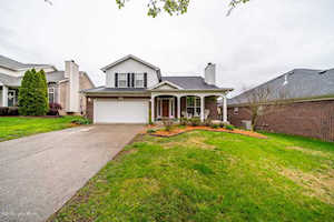 4117 Sunny Crossing Dr Louisville, KY 40299