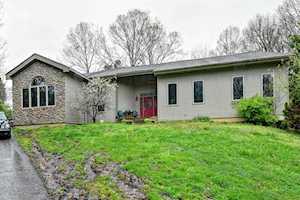 375 Wood Valley Ln Louisville, KY 40299