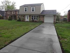 3606 Briarcliff Ct Louisville, KY 40219