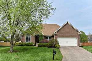 4303 Wooded Bend Way Louisville, KY 40245