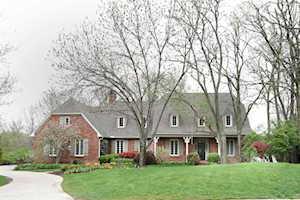 751 Lakeshore Drive Lexington, KY 40502