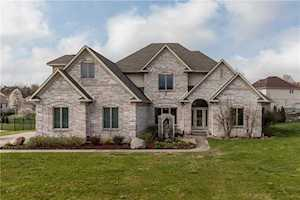 725 Willow Pointe North Drive Plainfield, IN 46168