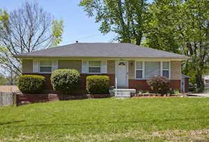 5911 Rocky Mountain Dr Louisville, KY 40219