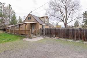 695 NE Revere Avenue Bend, OR 97701