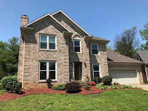 3802 Spring Willow Ct Louisville, KY 40299