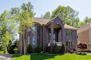 1738 Kensington Place Ln Louisville, KY 40205