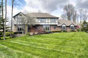 906 Squire Hill Ct Crescent Springs, KY 41017