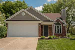 4813 Fairway Pointe Ct Louisville, KY 40241