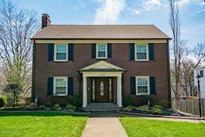 2545 Saratoga Dr Louisville, KY 40205