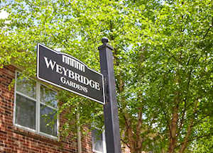 4717 Weybridge Gardens Louisville, KY 40207