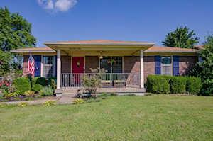 9101 Raintree Dr Jeffersontown, KY 40220