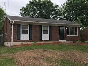 448 Blossom Rd Louisville, KY 40229