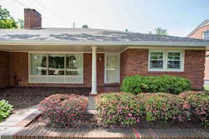 3024 Colonial Hill Rd Louisville, KY 40205