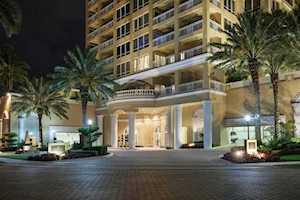 35 Watergate Drive #PH-1802 Sarasota, FL 34236