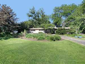 7S560 Green Acres Dr Naperville, IL 60540